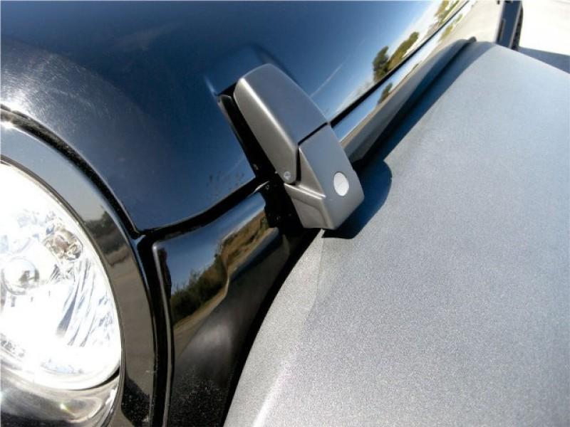 serratura cofano motore wrangler 2011 - Pagina 5 Gancic10