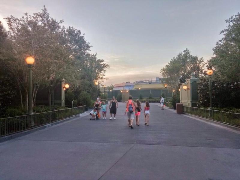 [Magic Kingdom] Main Street USA: nouvelle allée parallèle et refonte de Central Plaza (2015) - Page 4 Image11