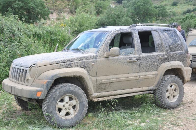 ...e io che pensavo di avere la jeep rialzata... Jambor27