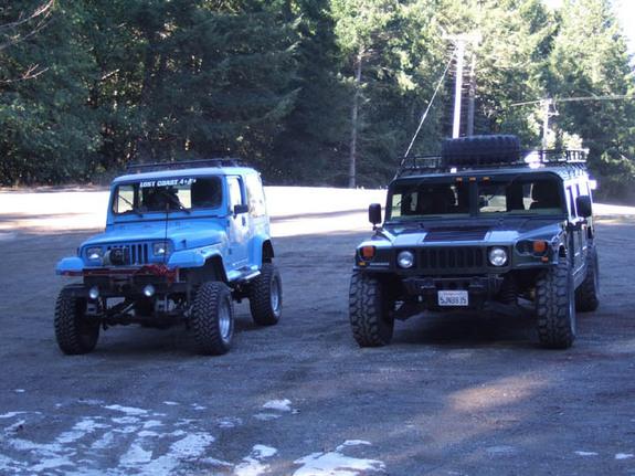 Hummer H2,  gros ou!!!   comparaison... 29953810