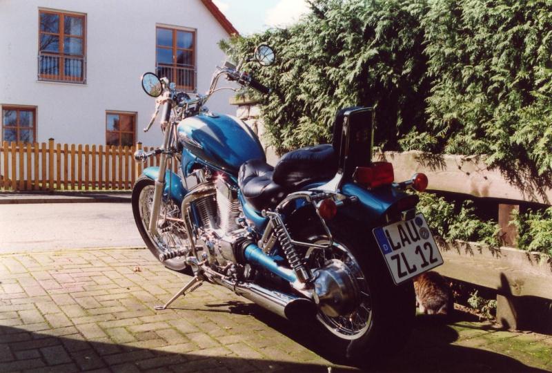 """Suzuki """"Intruder"""" - auf dem Parkplatz """"schnappgeschossen"""" Intrud11"""