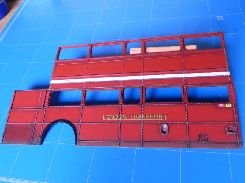 AEC Routemaster London double decker bus 1/24 Revell terminus tout le monde descend! - Page 2 Dscn0328