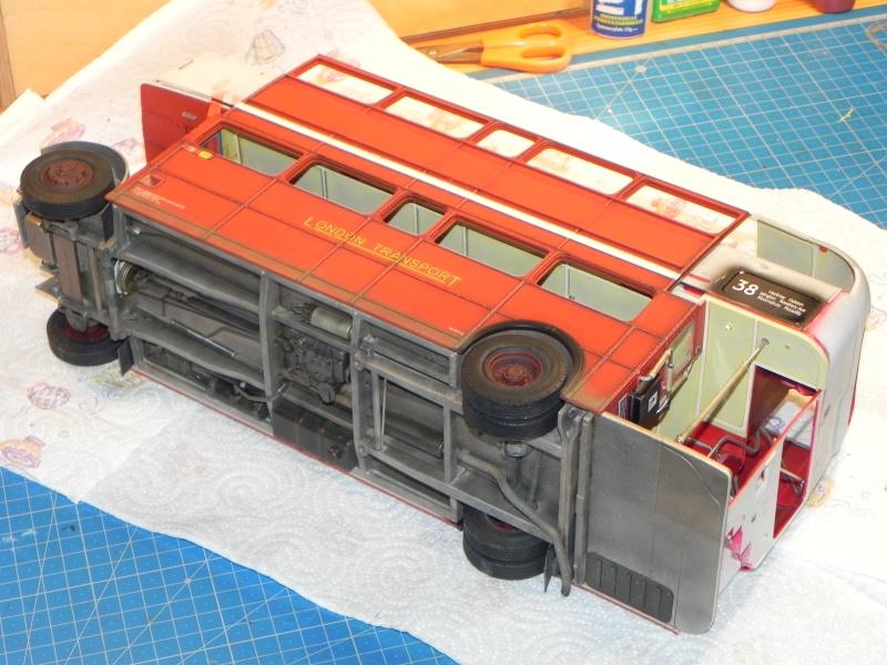 AEC Routemaster London double decker bus 1/24 Revell terminus tout le monde descend! - Page 3 Dscn0417