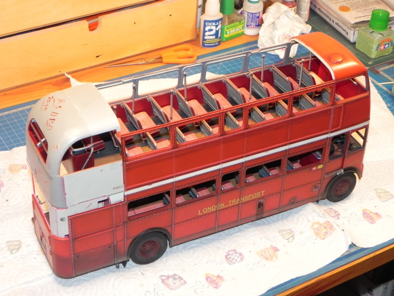 AEC Routemaster London double decker bus 1/24 Revell terminus tout le monde descend! - Page 3 Dscn0418