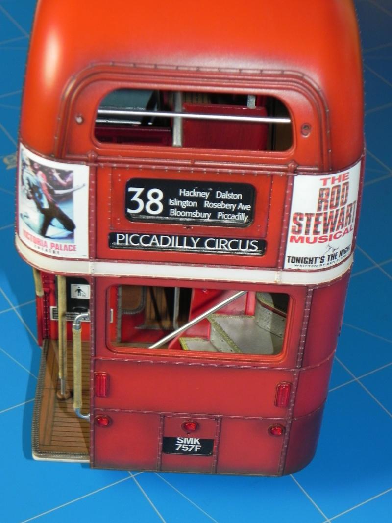 AEC Routemaster London double decker bus 1/24 Revell terminus tout le monde descend! - Page 3 Dscn0426
