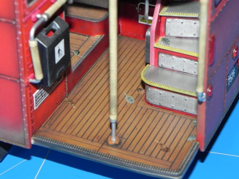 AEC Routemaster London double decker bus 1/24 Revell terminus tout le monde descend! - Page 3 Dscn0716