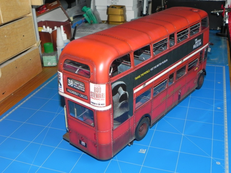 AEC Routemaster London double decker bus 1/24 Revell terminus tout le monde descend! - Page 3 Dscn0718