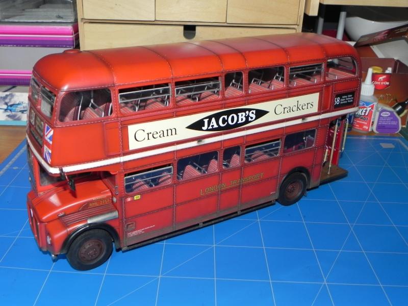 AEC Routemaster London double decker bus 1/24 Revell terminus tout le monde descend! - Page 3 Dscn0811