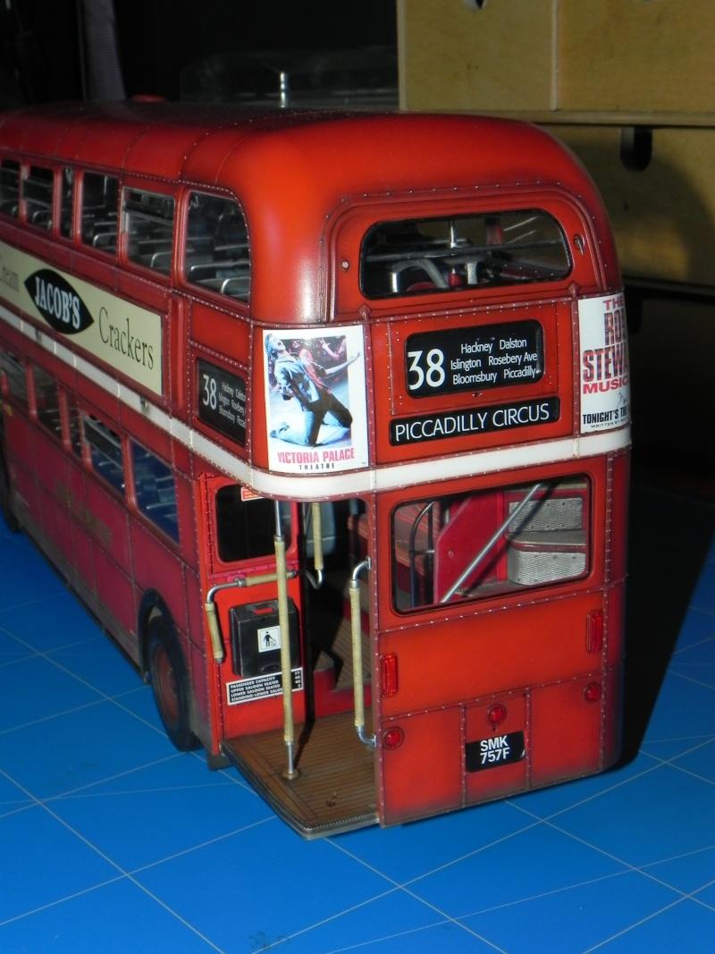 AEC Routemaster London double decker bus 1/24 Revell terminus tout le monde descend! - Page 3 Dscn0813