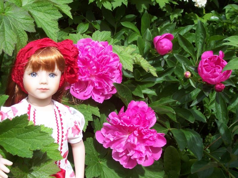 Miss Capucine de Yuna  -  Un beau cadeau en P 4 - Page 2 100_7917