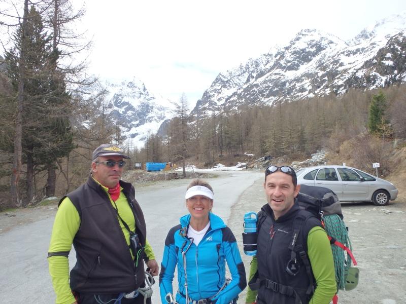 WE du 8-9-10 mai  Mont Blanc de Cheilon(3827m) et Pigne d'Arolla (3790m) P5080210