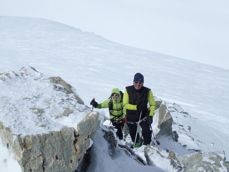WE du 8-9-10 mai  Mont Blanc de Cheilon(3827m) et Pigne d'Arolla (3790m) P5090013