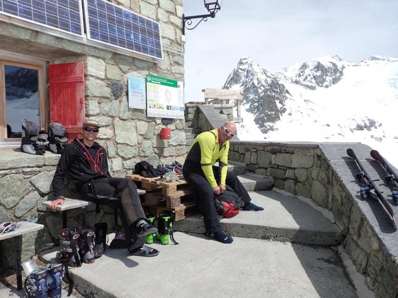 WE du 8-9-10 mai  Mont Blanc de Cheilon(3827m) et Pigne d'Arolla (3790m) P5090112