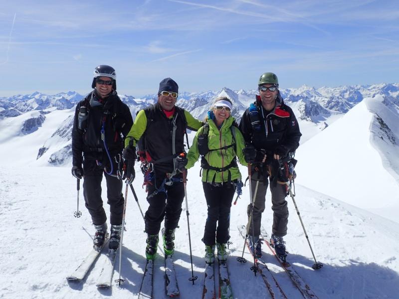 WE du 8-9-10 mai  Mont Blanc de Cheilon(3827m) et Pigne d'Arolla (3790m) P5100214