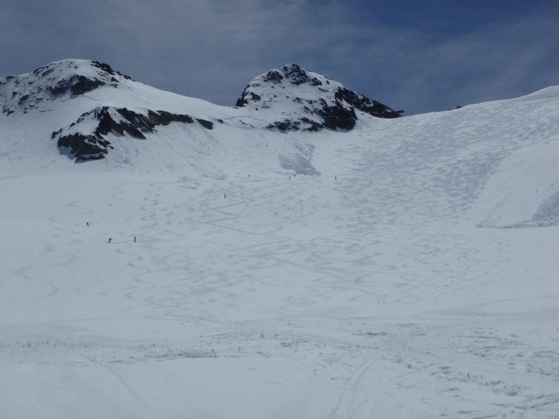 WE du 8-9-10 mai  Mont Blanc de Cheilon(3827m) et Pigne d'Arolla (3790m) P5100413