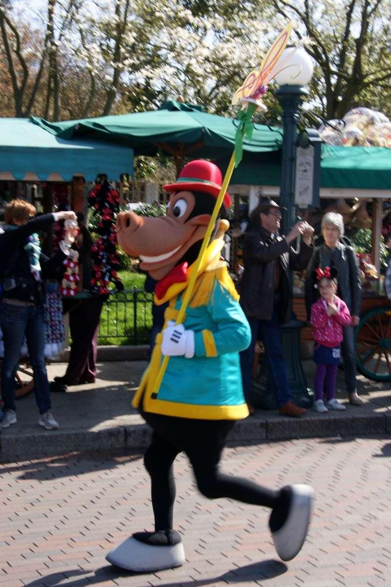 Vos photos avec les Personnages Disney - Page 39 Dsc02313