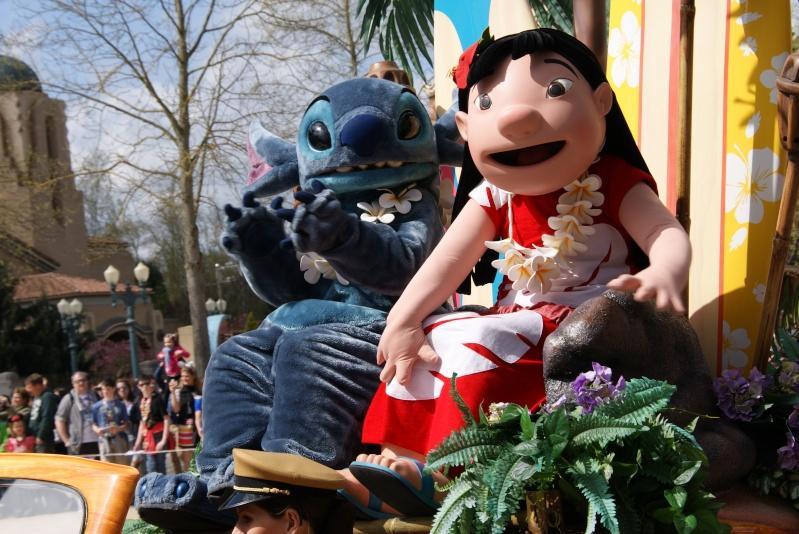 Vos photos avec les Personnages Disney - Page 39 Dsc02413