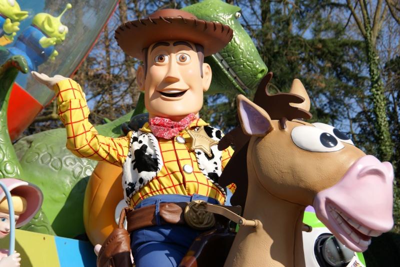 Vos photos avec les Personnages Disney - Page 39 Dsc02420