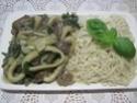 Anneaux de calamar aux champignons pleurote.basilic. photos. Img_6568