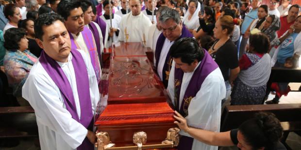 Au Mexique, être prêtre demande beaucoup de courage ! Mexico10