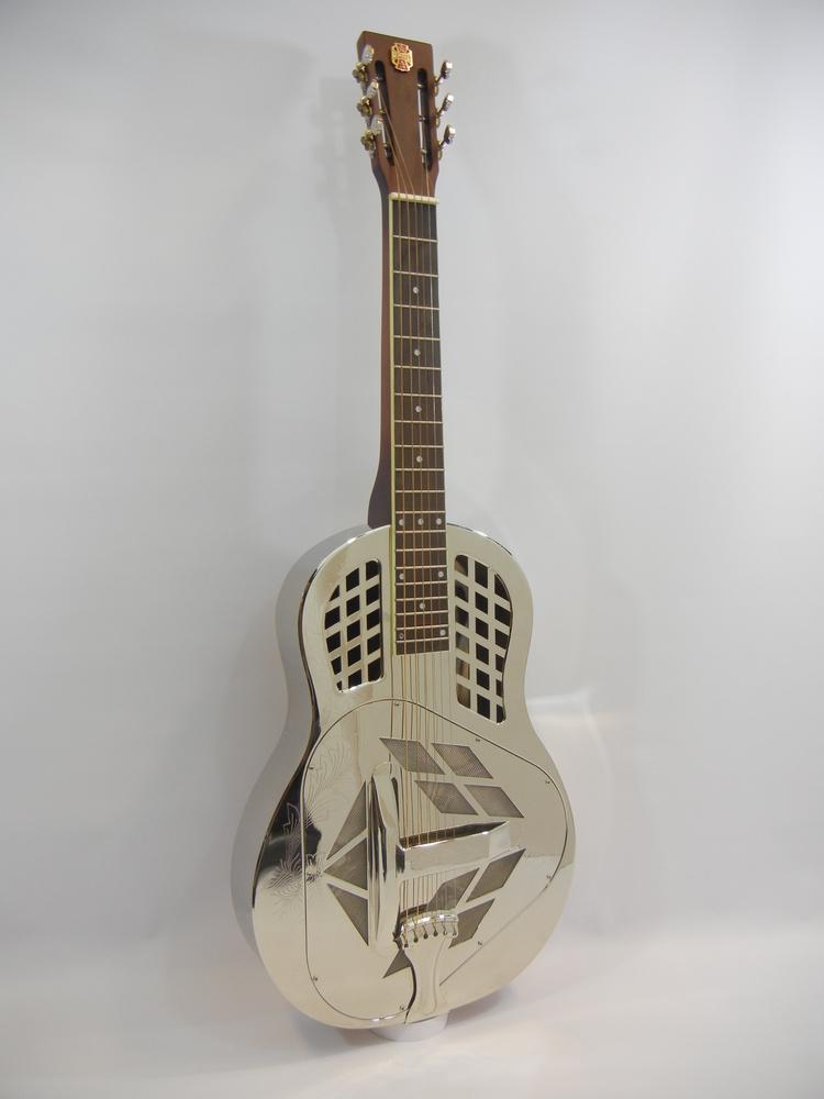Republic Guitars, vous connaissez ?  My_squ12