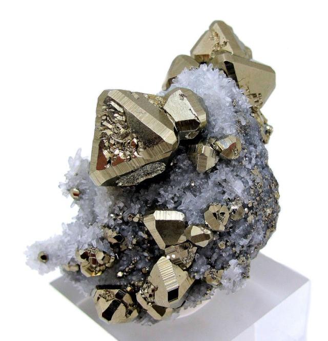 concurs - El mineral del mes - Abril 2015 33os0u10
