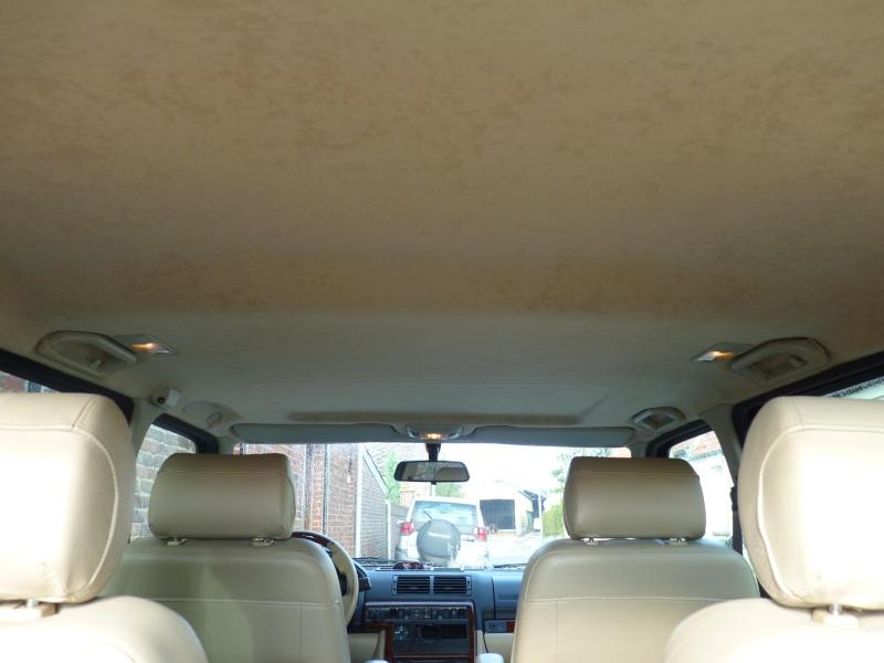 Distributeur tissu ciel de toit et colle P1020710