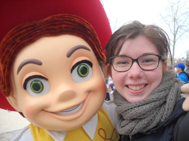 Vos photos avec les Personnages Disney - Page 39 Dscn1415