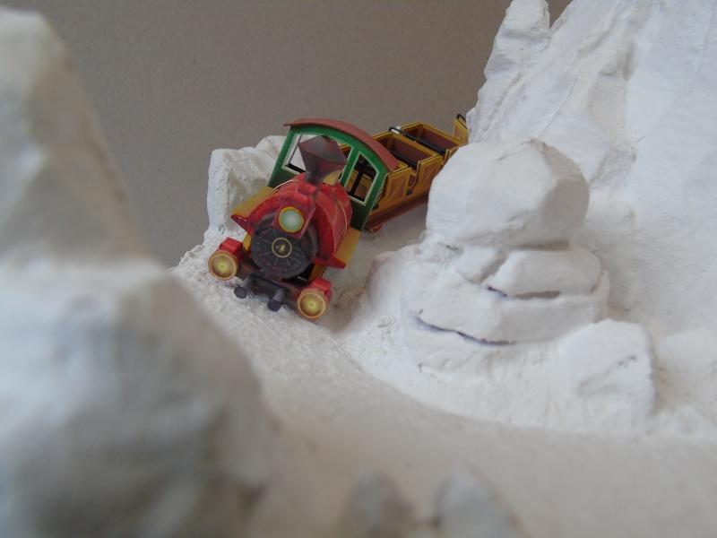 [Maquette] Big thunder mountain PARTIE 2 Dsc00320