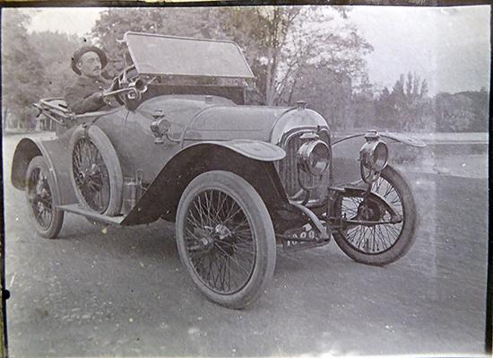 Photo voiture - Philos 1912 ou 1913  P1000513