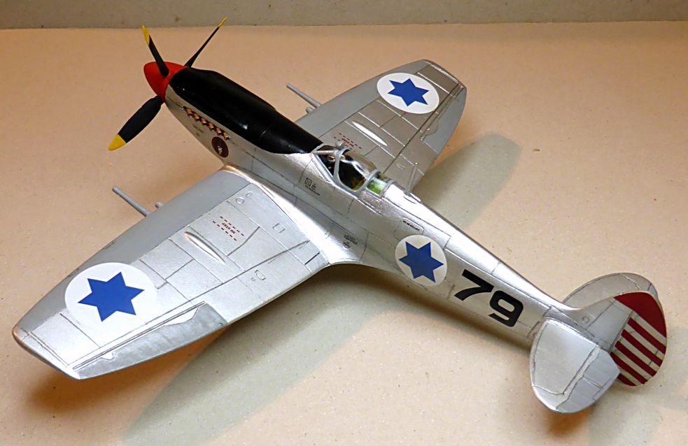 [Hobby Craft] Seafire XV Supermarine rénové en Spitfire MkIX Israeli Air Force 1949 - Page 2 Superm34