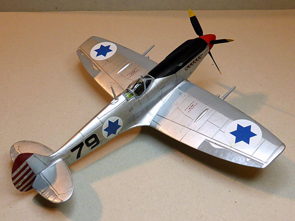 [Hobby Craft] Seafire XV Supermarine rénové en Spitfire MkIX Israeli Air Force 1949 - Page 2 Superm35