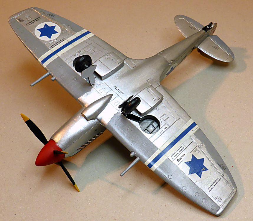 [Hobby Craft] Seafire XV Supermarine rénové en Spitfire MkIX Israeli Air Force 1949 - Page 2 Superm36