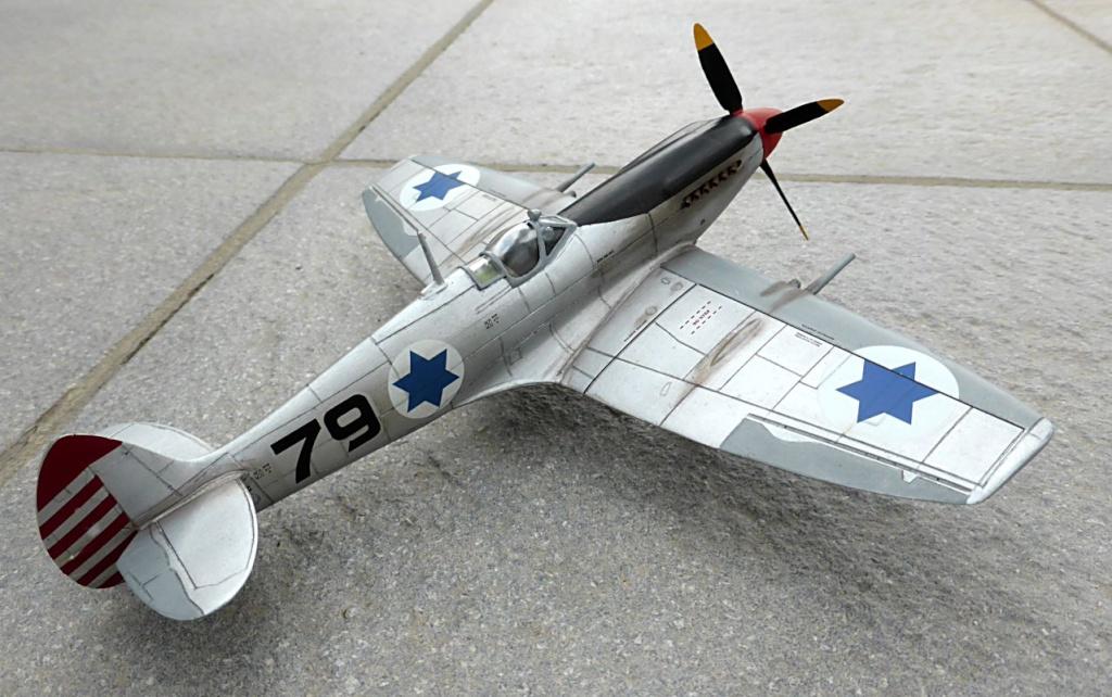 [Hobby Craft] Seafire XV Supermarine rénové en Spitfire MkIX Israeli Air Force 1949 - Page 2 Superm40