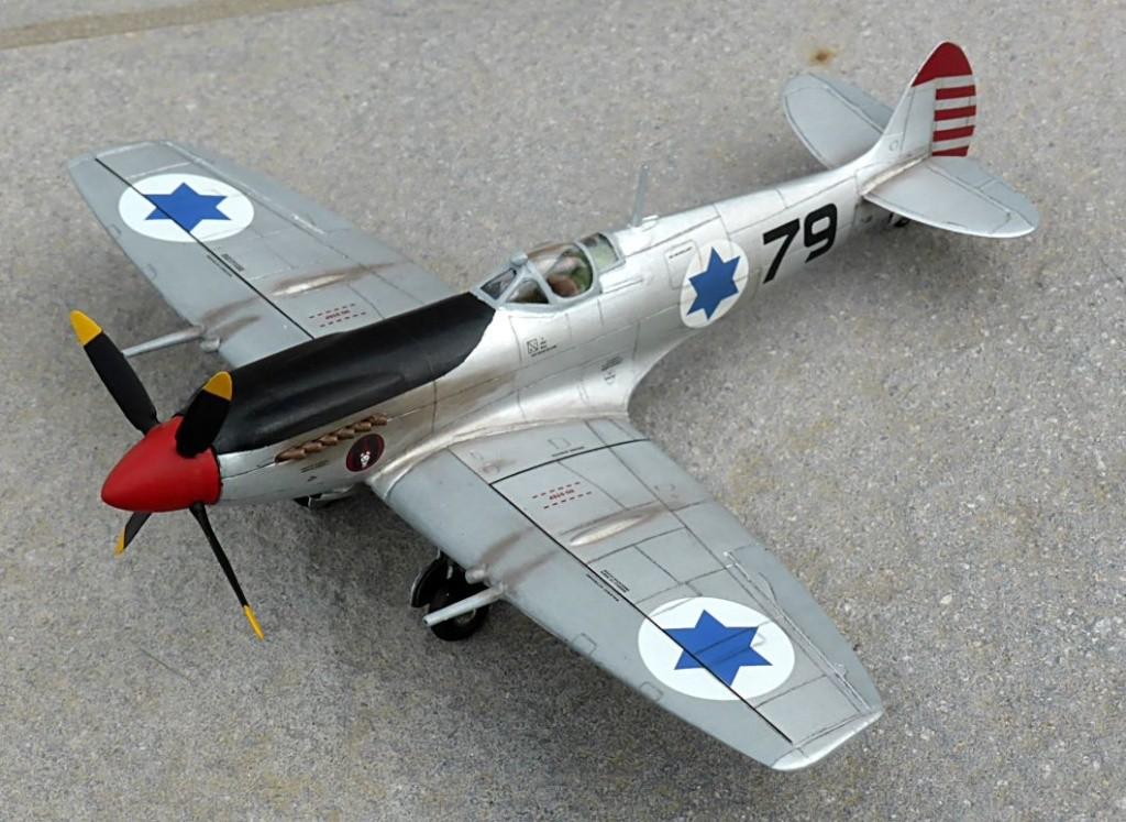 [Hobby Craft] Seafire XV Supermarine rénové en Spitfire MkIX Israeli Air Force 1949 - Page 2 Superm43