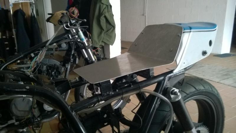 Préparation piste SUZUKI 1100 GSX Wp_20121