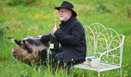 Sir Terry Pratchett Captur11