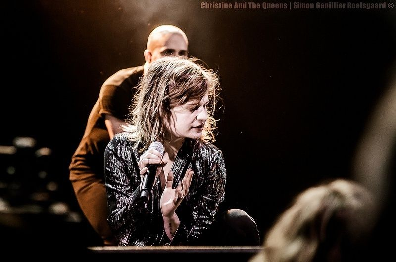 CHRISTINE & THE QUEENS - Queen of Pop. - Page 7 0p9010