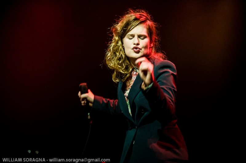 CHRISTINE & THE QUEENS - Queen of Pop. - Page 7 54042710