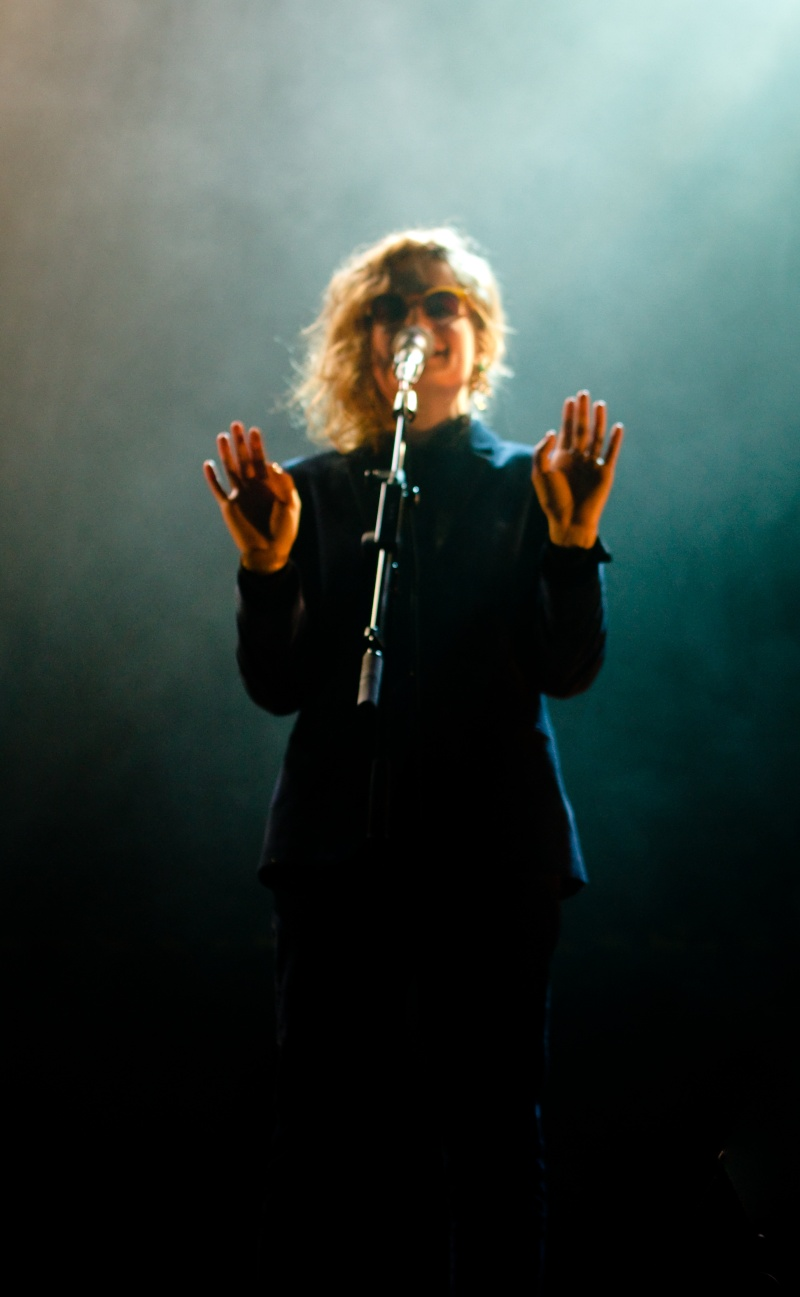 CHRISTINE & THE QUEENS - Queen of Pop. - Page 6 70940010