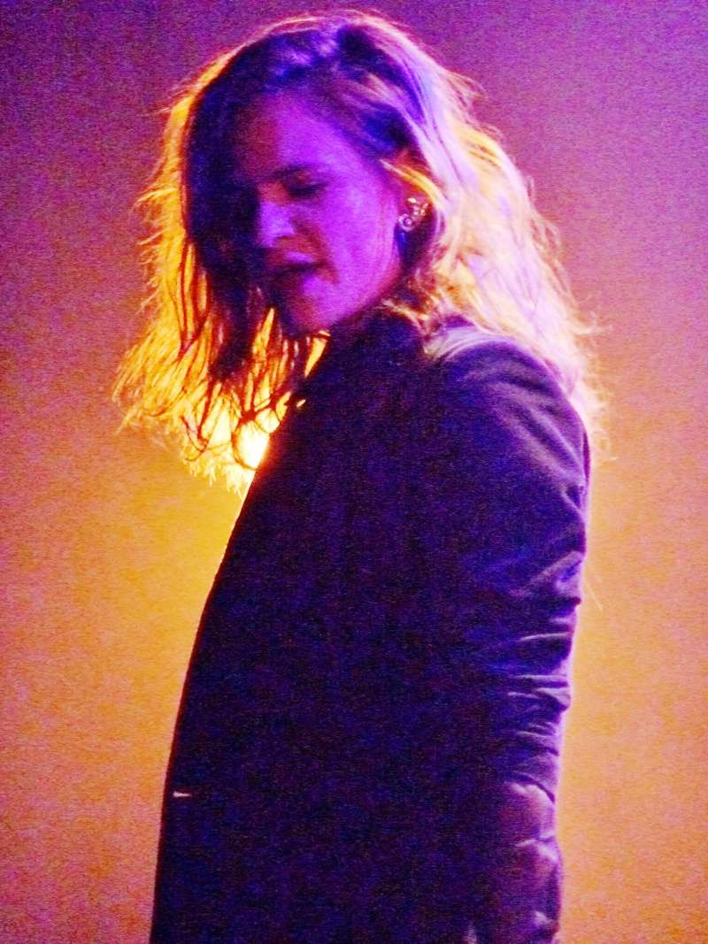 CHRISTINE & THE QUEENS - Queen of Pop. - Page 7 85753211
