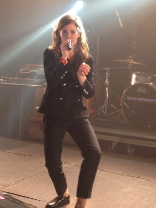CHRISTINE & THE QUEENS - Queen of Pop. - Page 6 Cakbea12