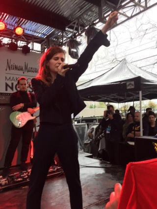 CHRISTINE & THE QUEENS - Queen of Pop. - Page 6 Cakxwl12