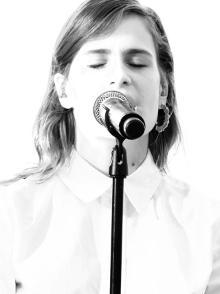 CHRISTINE & THE QUEENS - Queen of Pop. - Page 6 Christ44