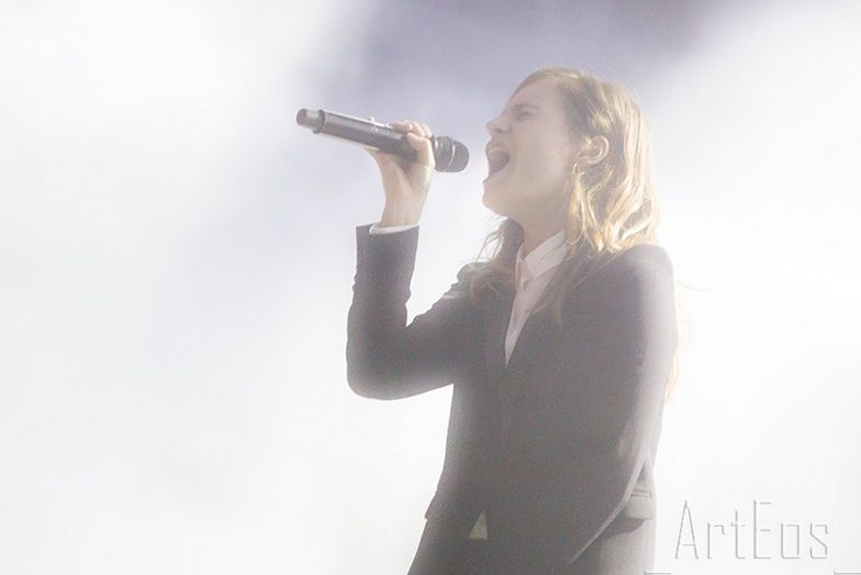 CHRISTINE & THE QUEENS - Queen of Pop. - Page 7 Elektr10