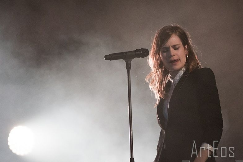 CHRISTINE & THE QUEENS - Queen of Pop. - Page 7 Ghtrh10
