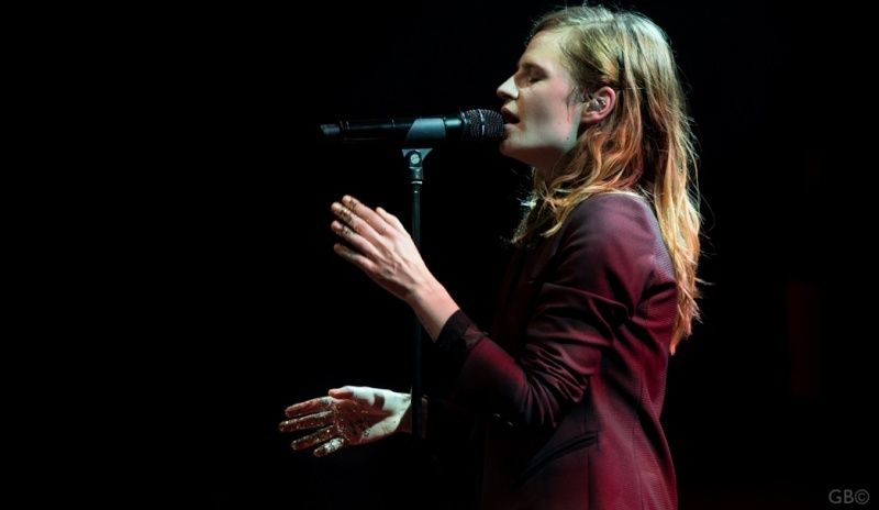 CHRISTINE & THE QUEENS - Queen of Pop. - Page 7 Iliulu10