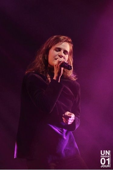 CHRISTINE & THE QUEENS - Queen of Pop. - Page 7 Iomi10