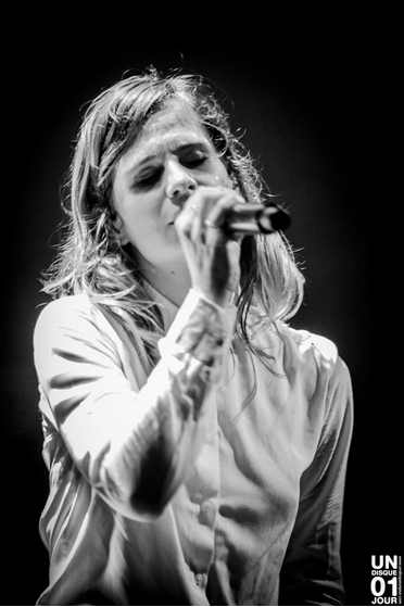 CHRISTINE & THE QUEENS - Queen of Pop. - Page 7 Kklmlm10