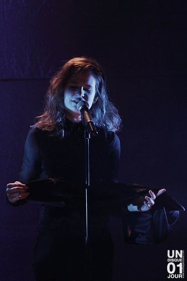 CHRISTINE & THE QUEENS - Queen of Pop. - Page 7 Liom10